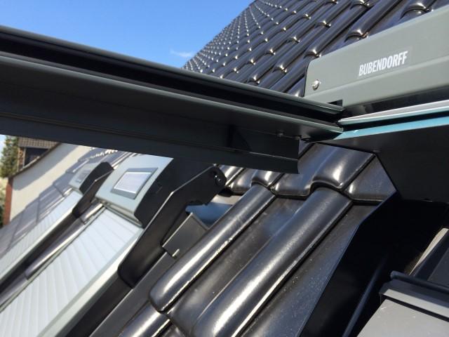 Abbildung 2 für Dachfensterrollladen ATIX® SOLAR für VELUX® Dachfenster inkl. Solarpaket